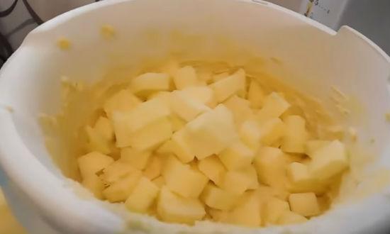 Яблочный пирог в духовке. Простой пошаговый рецепт пирога, вкуснее классической шарлотки