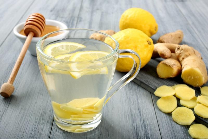 Нашумевший обязательный утренний ритуал: медовая вода изгонит паразитов
