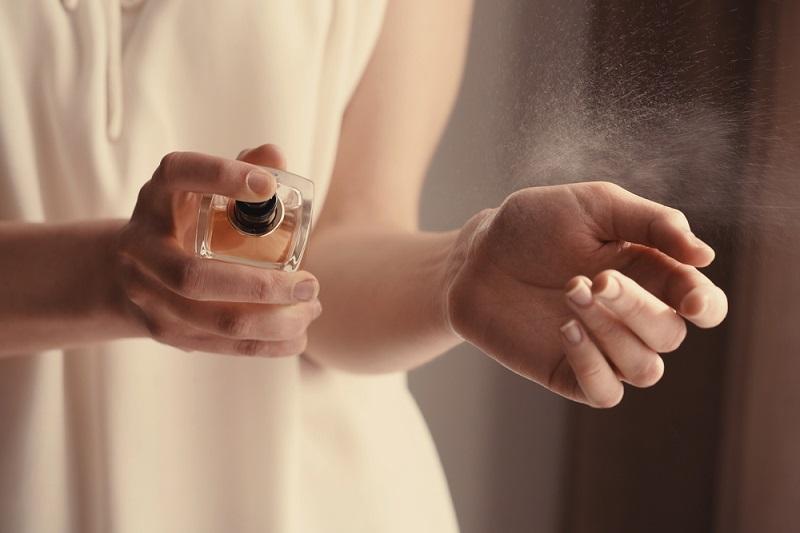 Не дай себя обмануть! Вот в чём разница между духами, туалетной водой и одеколоном. Отличия ощутимы.