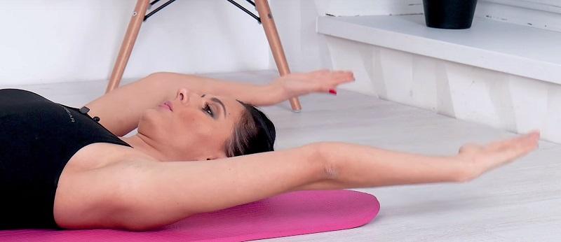 Жизненно важно для женщин после 50 лет! Лучшие безопасные упражнения для зрелых красавиц. Фигура может оставаться подтянутой до глубокой старости.