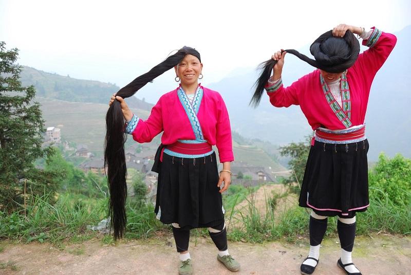 Почему у китайских женщин такие длинные блестящие косы