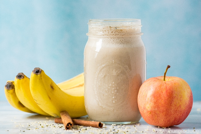 Освежающий яблочно-банановый напиток, который снижает уровень холестерина