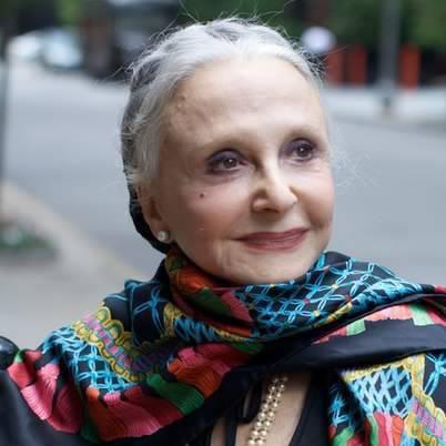 Как оставаться молодой: 10 вдохновляющих советов от Доны Марии Джило
