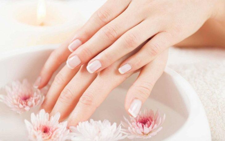 Отличный способ восстановить ногти после наращивания или гель-лака