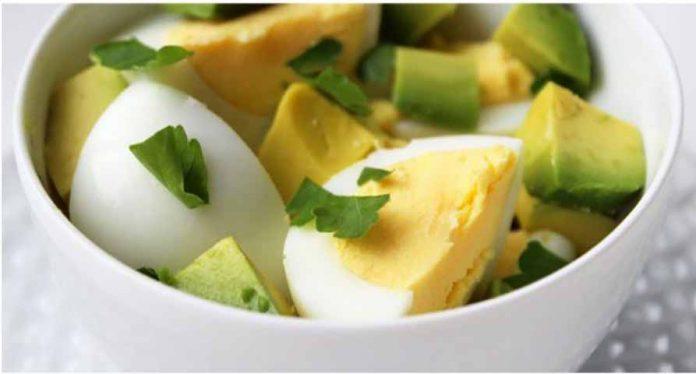 Рецепты здоровых завтраков, которые могут помочь вам похудеть!