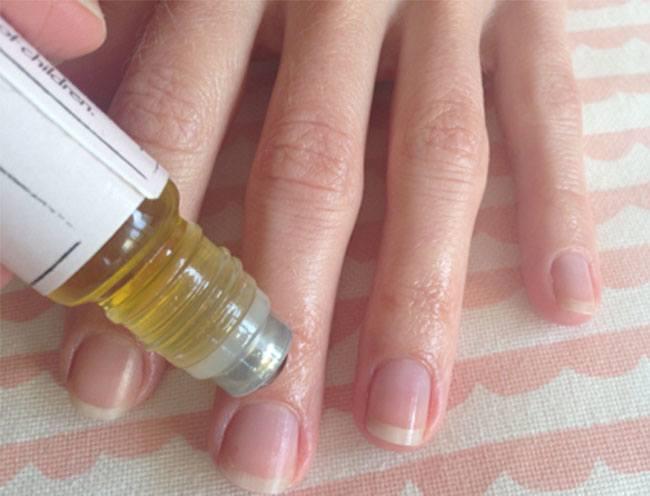 У меня все время ломались ногти… Пока подруга не посоветовала это средство!
