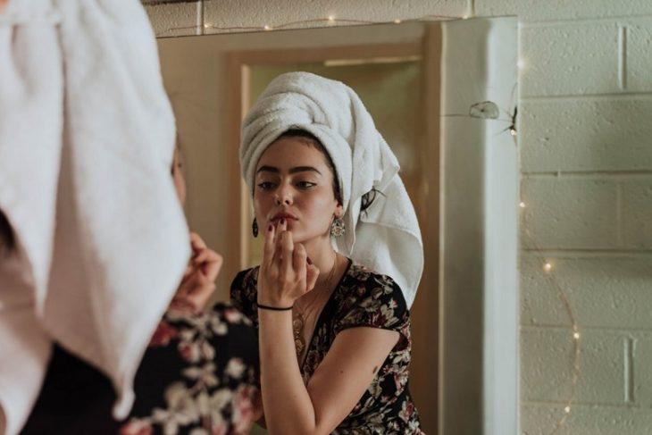 Советы и рецепты по уходу за кожей лица в домашних условиях