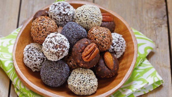 6 вариантов диетических конфет