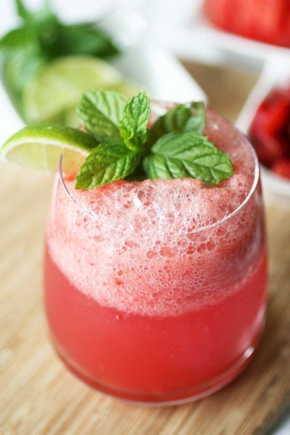 Освежись и взбодрись: вкуснейшие коктейли для лета