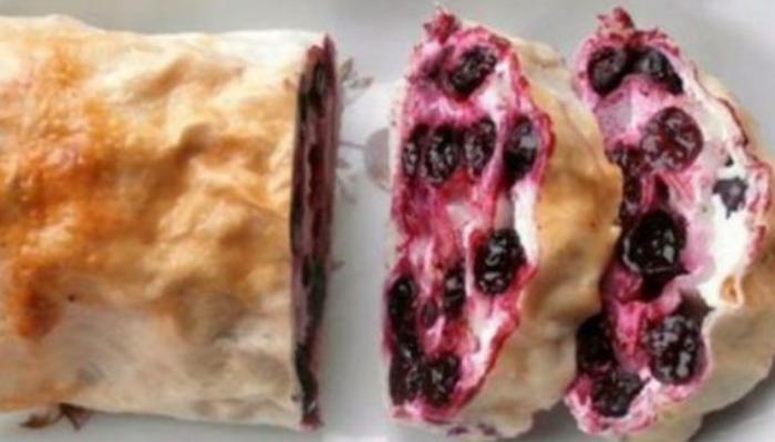 Творожно-ягодный рулет из лаваша: Обожаю этот чудо-рецепт