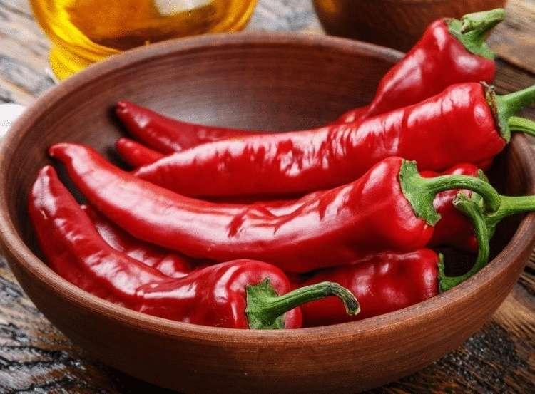 При каких заболеваниях полезен красный перец