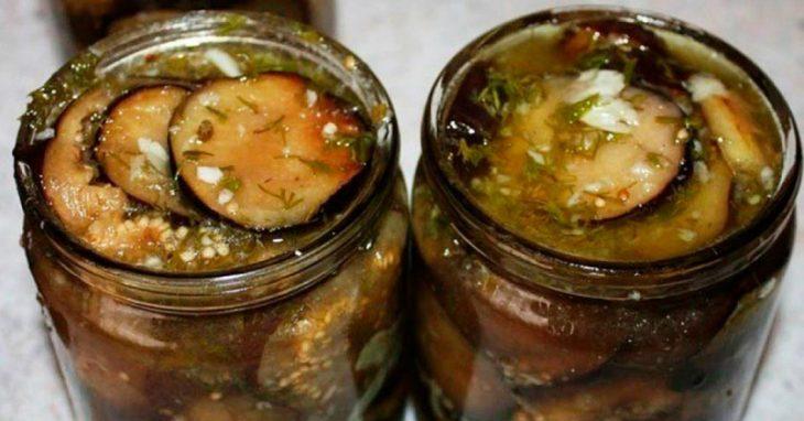 Маринованные баклажаны с чесноком и орехами: исчезают со стола первыми
