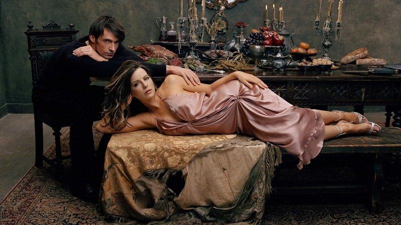 Вот как должна вести себя женщина, чтобы мужчина добивался ее любви всю жизнь! А не только до первого интима…