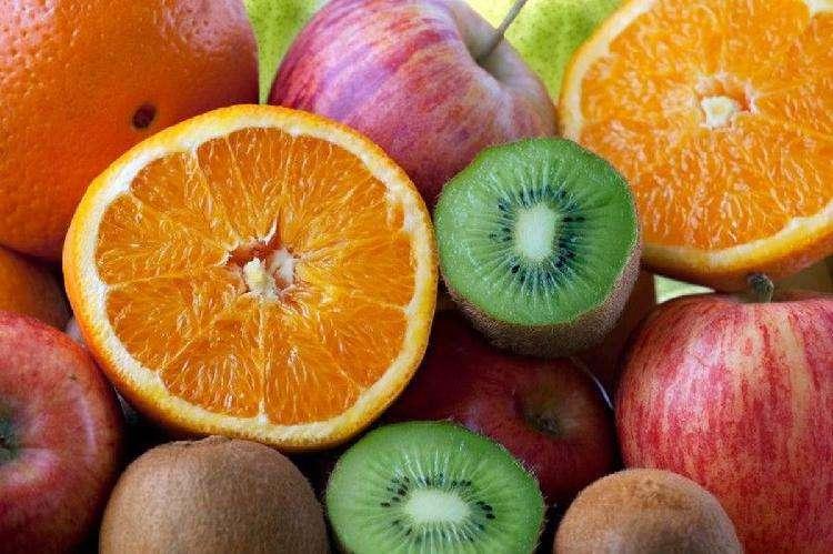 Каким овощам и фруктам отдать предпочтение зимой: свежим или замороженным